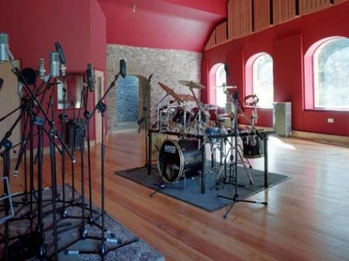 Grouse_Lodge_Recording_Studio_in_county_westmeath_ireland_information_and_details_about_music_scene_ireland