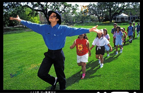 Michael-Jackson-by-Harry-Benson-1993-Inside-Neverland-HQ-michael-jackson-31087232-1993-1300
