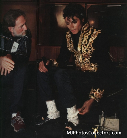 we-are-the-world-michael-jackson-27020424-443-480
