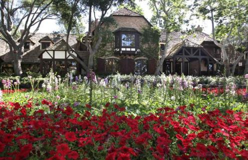 neverland main house
