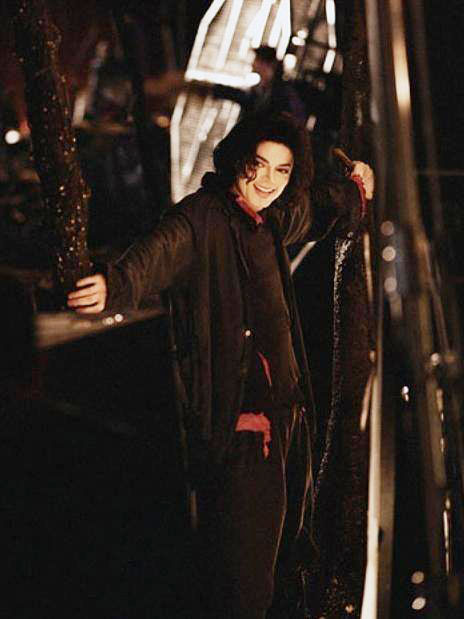 earth song shoot 2