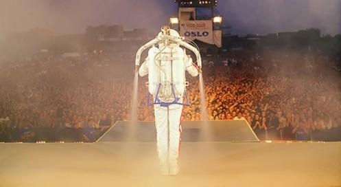 Michael-Jackson-Jet-Pack-2-e1419711560278