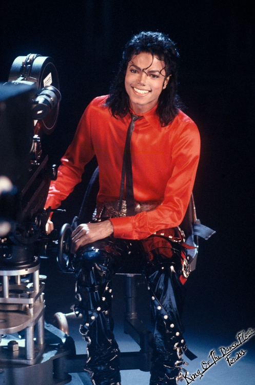Michael Jackson 1958-2009 King of Pop