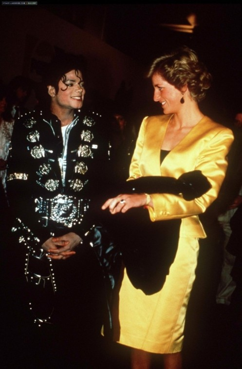Wembley_MJ-and-princess-Diana-michael-jackson-10952958-950-14471-672x1024