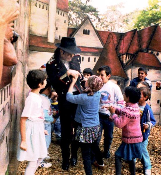 Michael Jackson Playground Romania 1992 HTW
