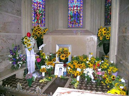 michael-jackson-alcove-in-holly-terrace