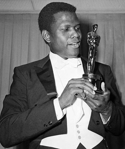 Sidney Poitier mit Oscar
